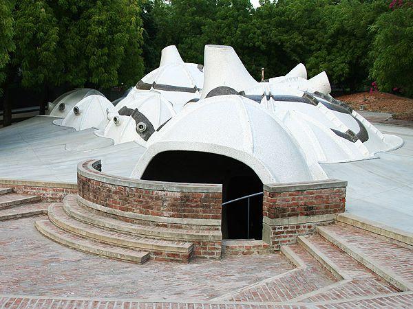 È Bakrishna Doshi il Premio Pritzker per l'architettura 2018