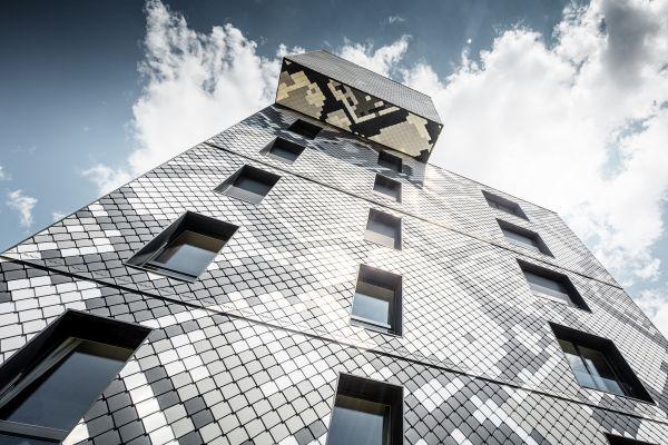 47.000 le losanghe PREFA per l'edifico a Grenoble LePython