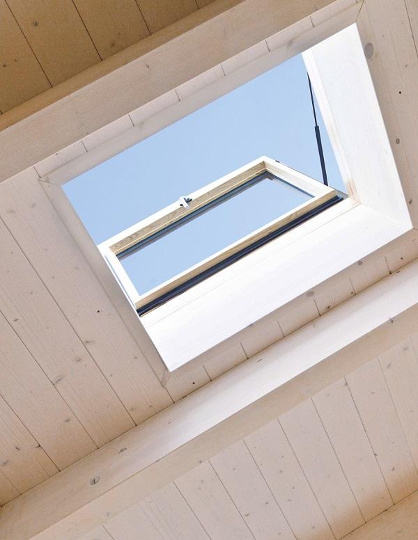 Accesso al tetto linea vita designo wda r3 - Finestre sui tetti ...