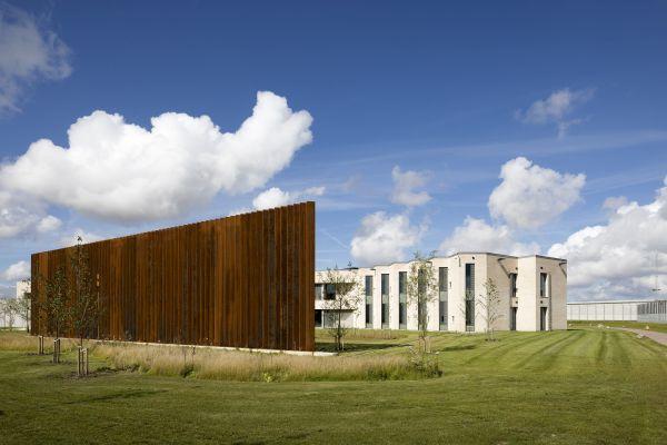 Il nuovo carcere di Storstrøm Fængsel progettato da C.F. Møller Architects