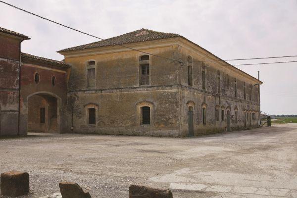 10_Ca' Corniani borgo_ph Agostino Osio