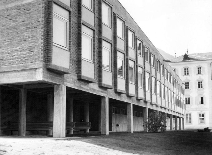Un'immagine storica dell'Accademia Cusanus