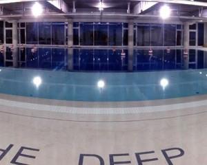 Y-40 è la piscina olimpionica più profonda al mondo