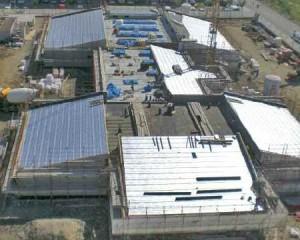 Vista dall'alto del complesso scolastico in costruzione