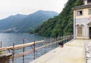 La grande terrazza esterna prima dell'impermeabilizzazione è stata trattata con PRIMER SN