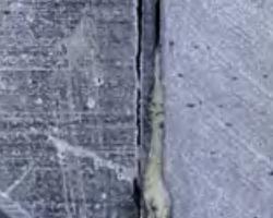 Pannelli piani in laminato con anima in legno 1