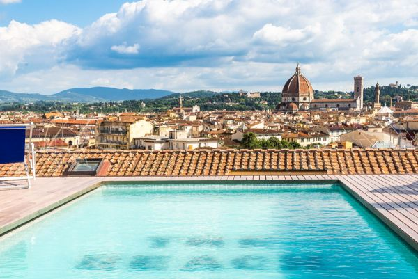 The Student Hotel a firenze, la piscina