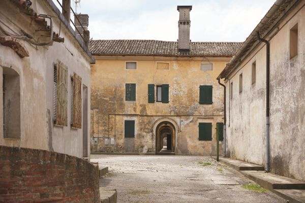 13_Ca' Corniani borgo_ph Agostino Osio