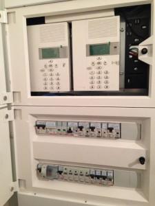 Quadro Flatwall con centrale di termoregolazione a 99 zone