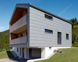 Una casa nel cuore delle Dolomiti