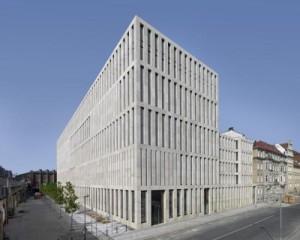 Jacob und Wilhelm Grimm Zentrum di Max Dudler - edizione 2011