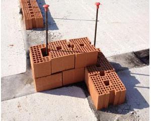 Consorzio POROTON ® per la ricostruzione in Emilia