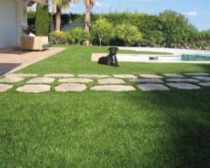 Queengarden, manti d'erba sintetica