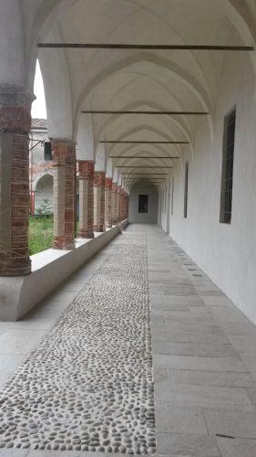 Portico dell'università di Cremona dopo i lavori di restauro