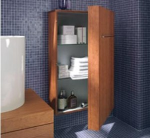 Con la semicolonna Fogo, Duravit amplia la sua linea di mobili di dimensioni esterne ridotte e interni ampi: con una profondità di soli 25 cm, Fogo è la soluzione ideale per gli spazi piccoli.