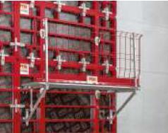 La mensola MXK, presentata per la prima volta al bauma 2013, può essere impiegata sia sul MAXIMO che sul TRIO