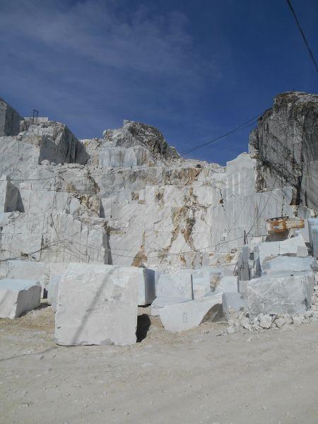 Fronti e bancate di cava nell'Alta Versilia