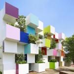 """Una banca """"a colori"""": Emmanuelle Moreaux progetta le sedi di Sugamo Shinkin Bank"""