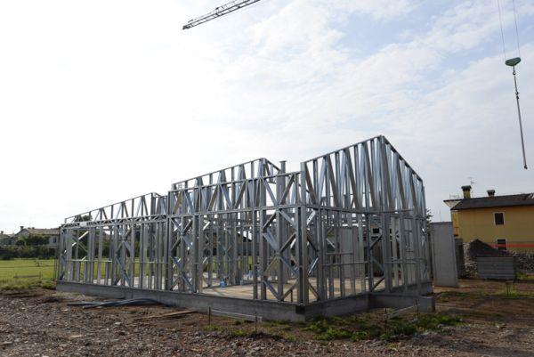 Il telaio costruttivo dell'abitazione residenziale realizzata con il sistema costruttivo prefabbricato Manni Green Tech