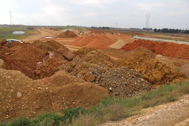 Earth Cycle, le Terre di scavo