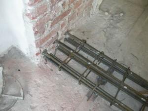 Consolidamento di solai su putrelle - Tracce su muri portanti ...