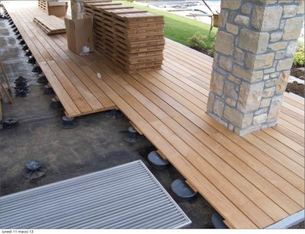 L evoluzione tecnologica del parquet for Pavimento legno esterno leroy merlin