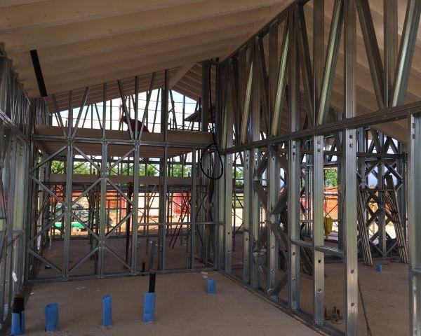 Il telaio costruttivo di un'abitazione residenziale realizzata con il sistema costruttivo prefabbricato Manni Green Tech (foto Manni Green Tech)