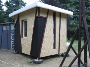 Modulo edilizio STONE autocostruito con materiali di recupero 1