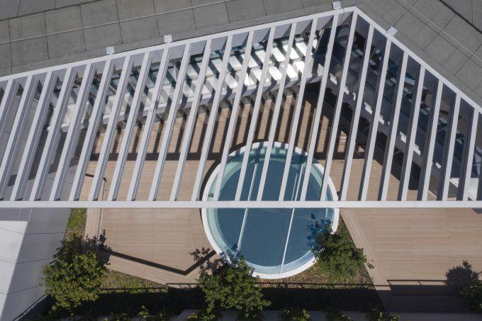 Vista dall'alto dell'oblò nella sede di Sandvik Italia a Milano