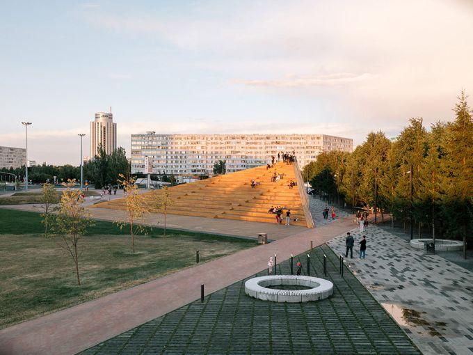 La gradinata in legno, la caffeteria e la piattaforma panoramica (foto, Evgeny Evgrafov)