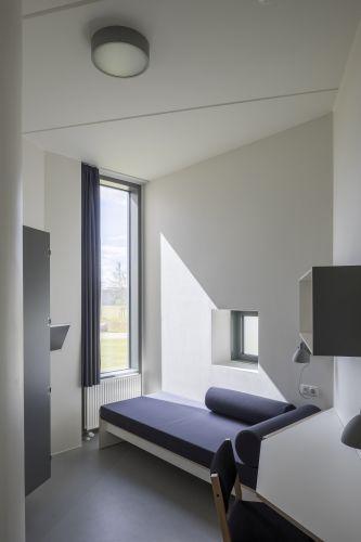 Una delle celle del penitenziario Storstrøm Fængsel