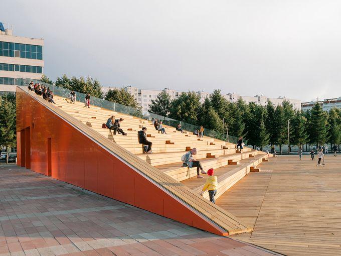 La gradinata in legno di piazza Azatlyk  (foto, Evgeny Evgrafov)