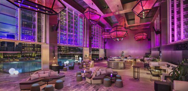 Il bar WET® Deck del W Kuala Lumpur