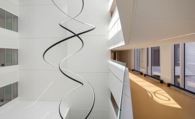 L'interno dell'ospedale di Copenhagen arricchito da opere artistiche