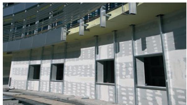 Rivestimenti di facciata con pannelli rigidi © Knauf