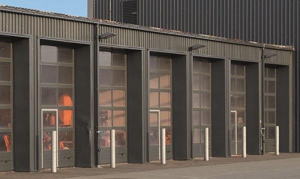 Portoni sezionali industriali APU 67 THERMO