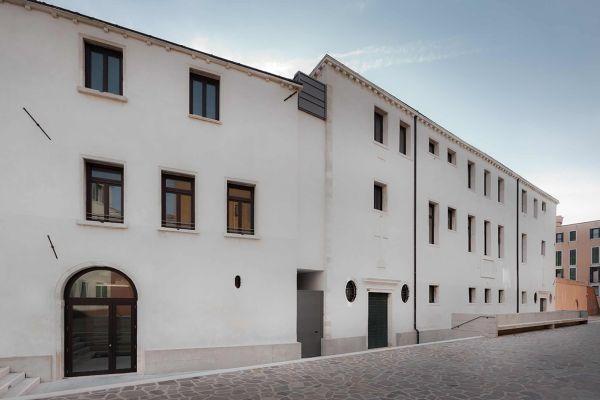 Medaglia ARGENTO premio Domus di Fassa allo studio Manzelle