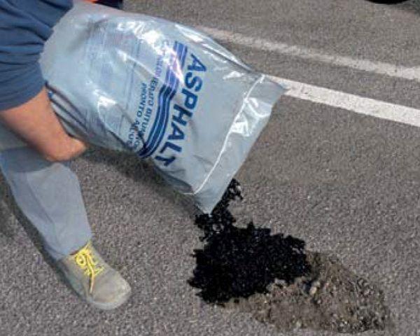 Asphaltall è l'asfalto a freddo in sacco di Bernardelli Group