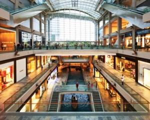 Il mercato dei negozi nel capoluogo lombardo 1