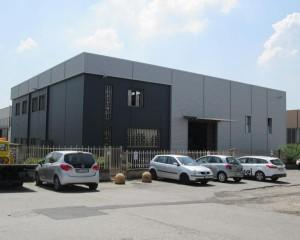 Rifacimento delle facciate della sede di Meccanica Brunati a Saronno