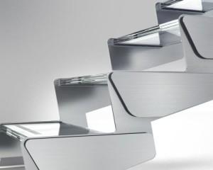Ikona Absolute Steel: la purezza del design