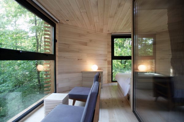 Interno ORIGIN tree house, casa in una quercia