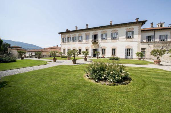 Villa della Porta Bozzolo - Foto Gabriele Basilico