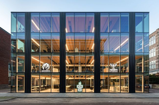 Building D(emountable) la facciata tutto vetro