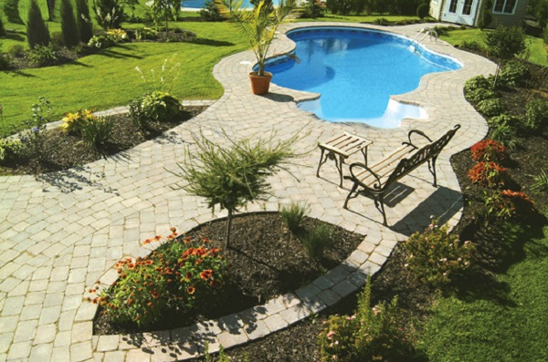 Cordoli in plastica gator edge flex rigid - Piscina plastica rigida ...