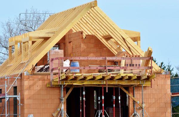 Cose da sapere per costruire casa: costi, preventivi e permessi