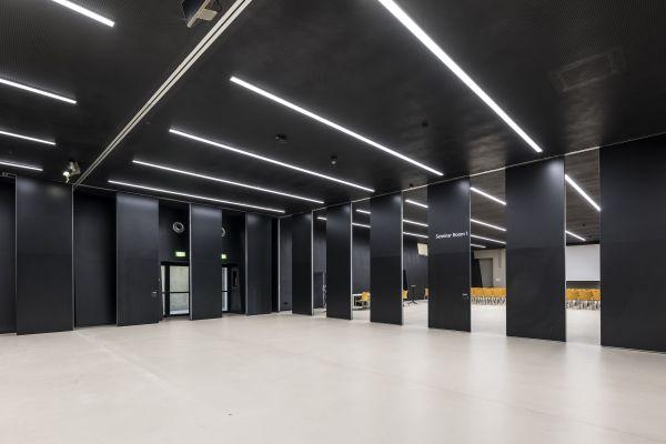 Ricerca, esperienza e qualità per le pareti scorrevoli Estfeller Pareti