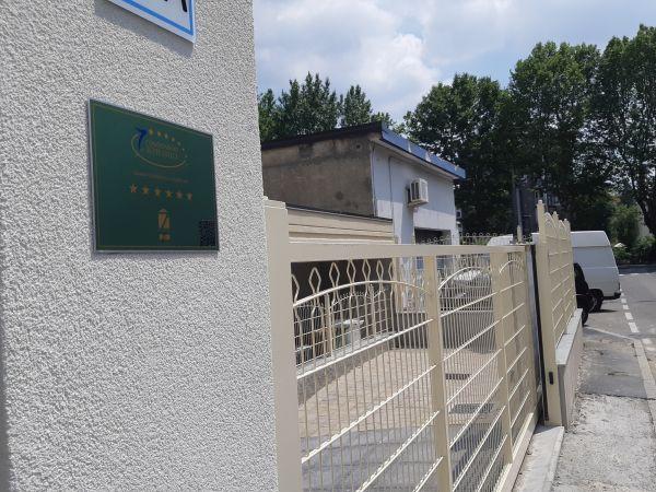 Recinzione Decofor Arco di Betafence per il condominio 7 stelle di Cinisello Balsamo
