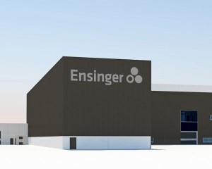 Si amplia l'area di produzione e logistica di Ensinger a Cham