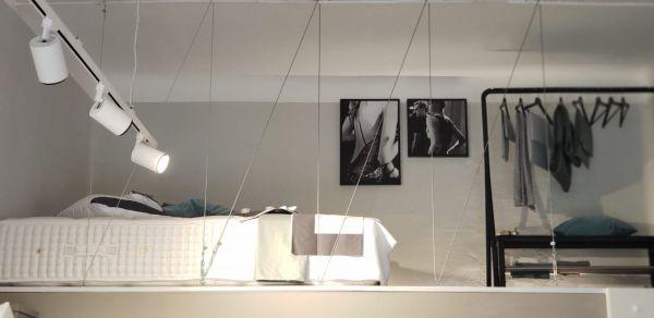 Milano Abita, un'ex ferramenta diventa un monolocale di lusso a Milano. Particolare zona notte